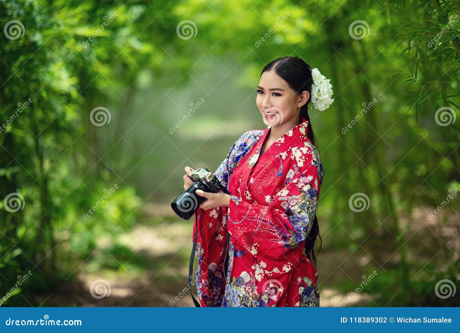 Kimono giapponese della donna