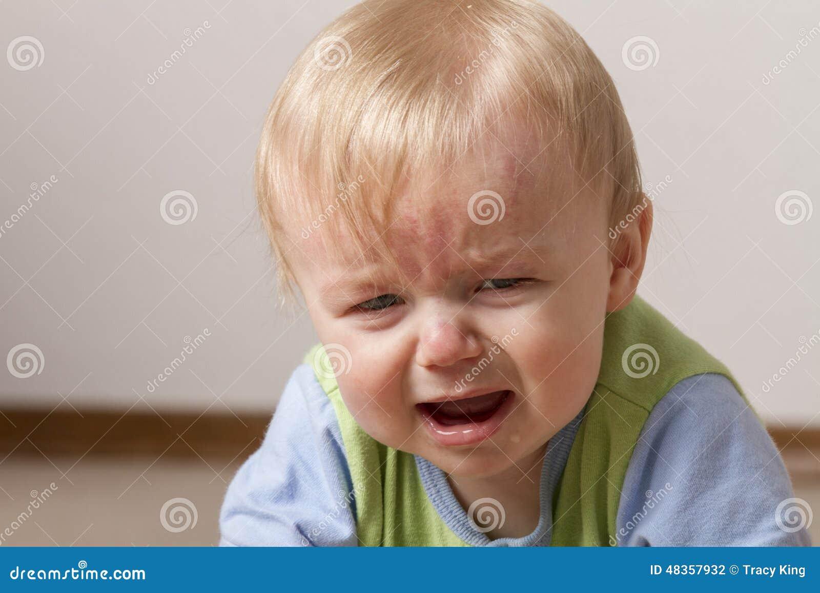 Kind gestört und nicht sehr glücklich