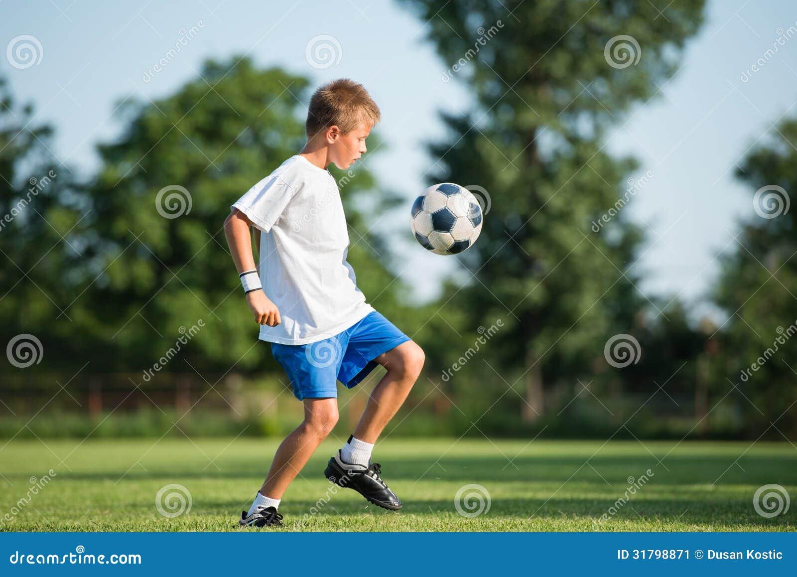 Kind speelvoetbal