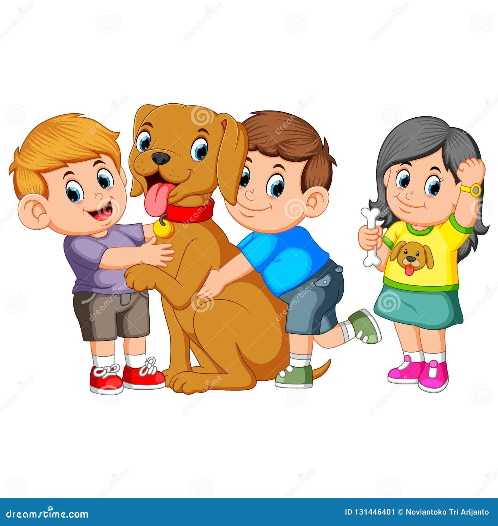 Kind umfasst liebevoll seinen Schoßhund