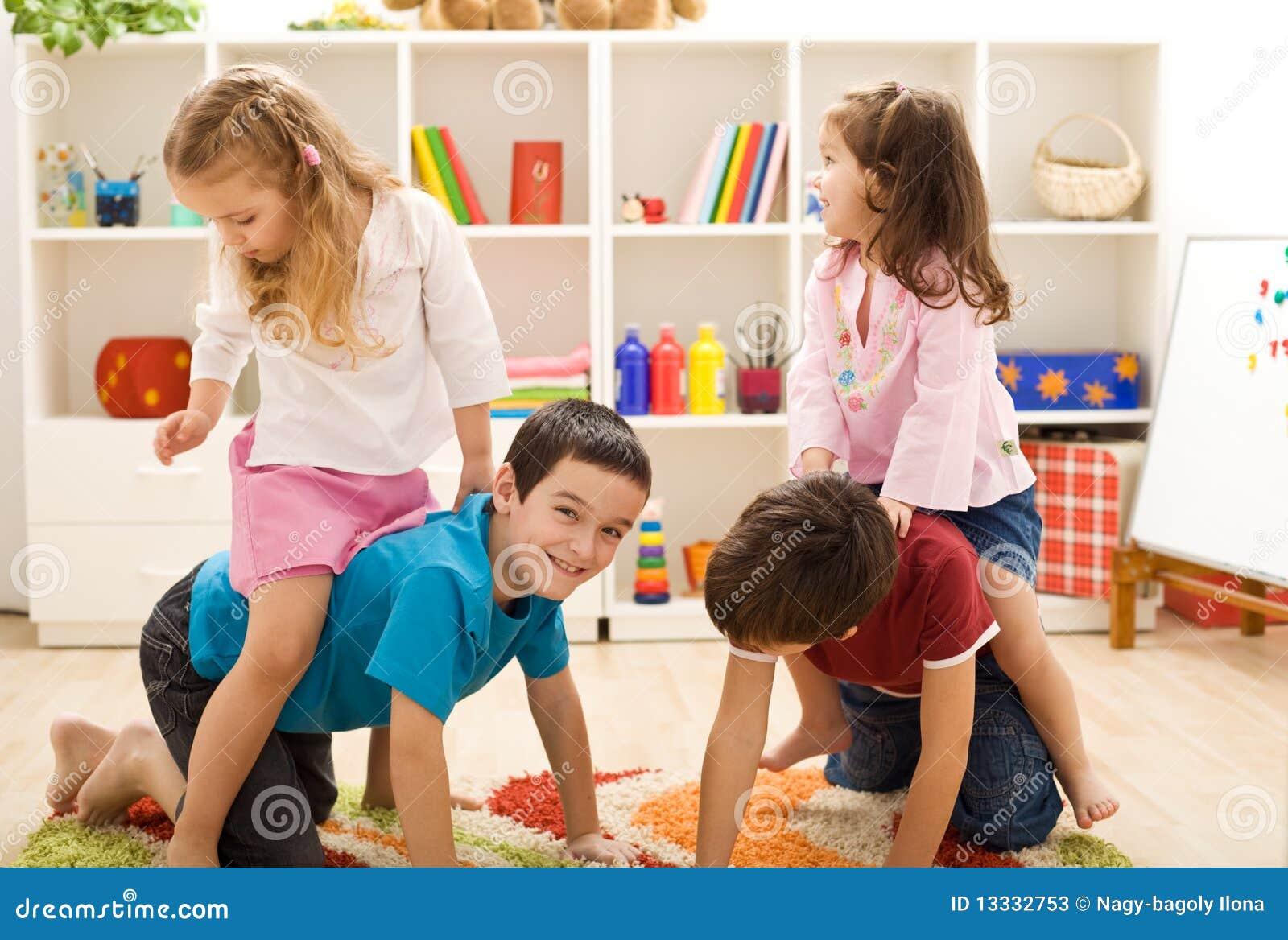 Mit Freunden Spielen