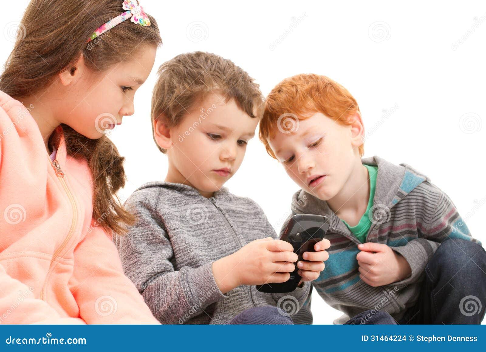 Handy Spielen Am Arbeitsplatz