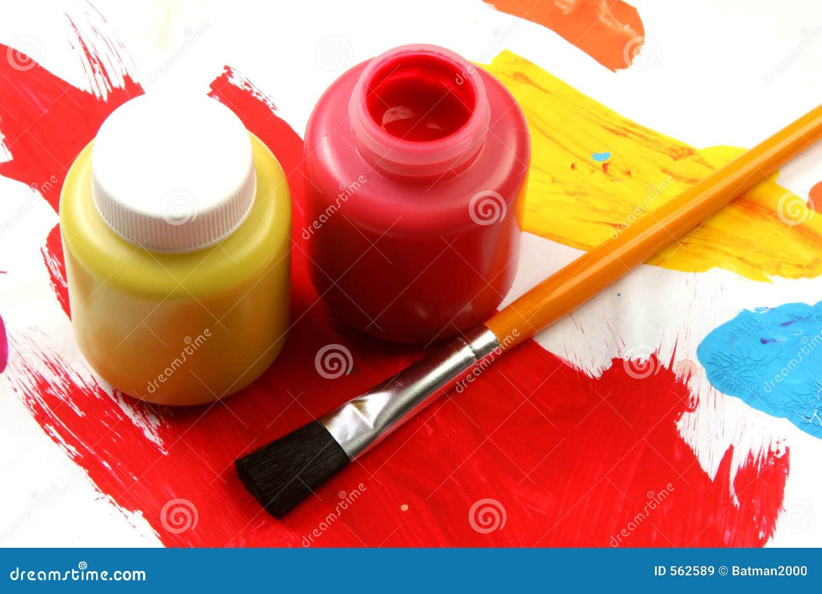 Kinder künstlerisches Ausdruck-rotes und gelb