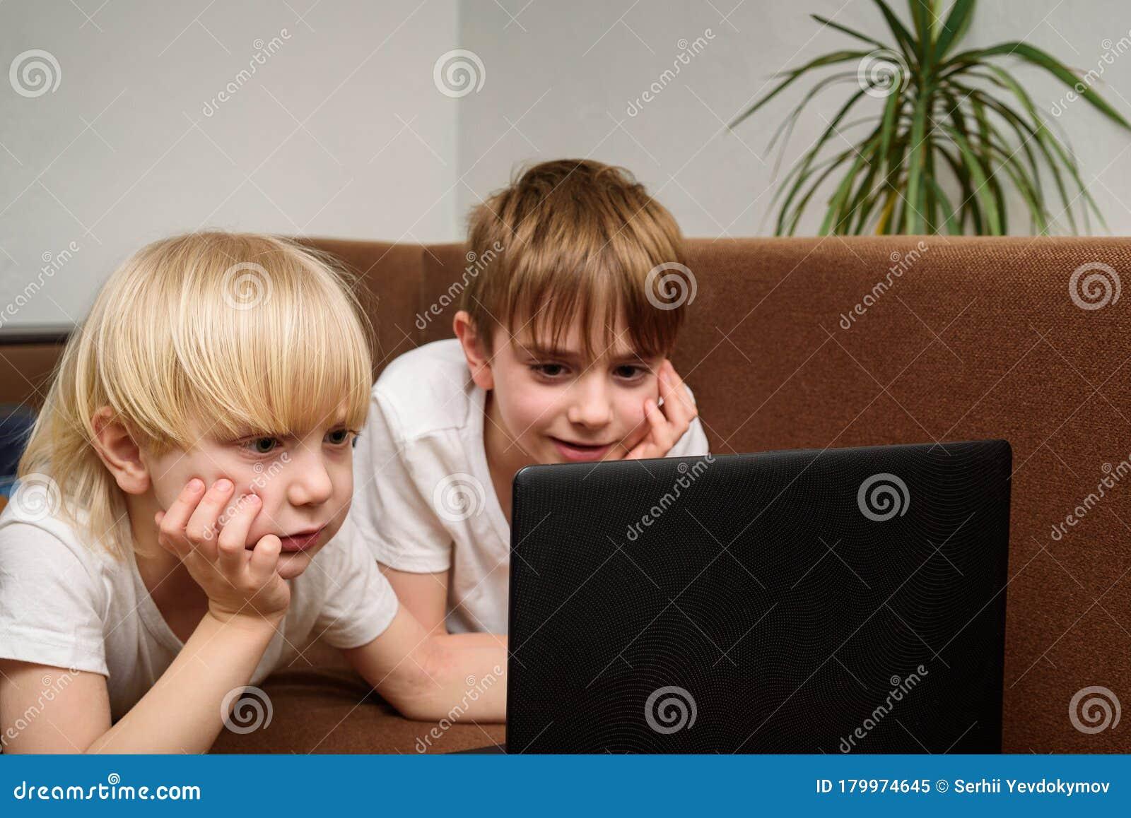 Tv Auf Laptop Schauen