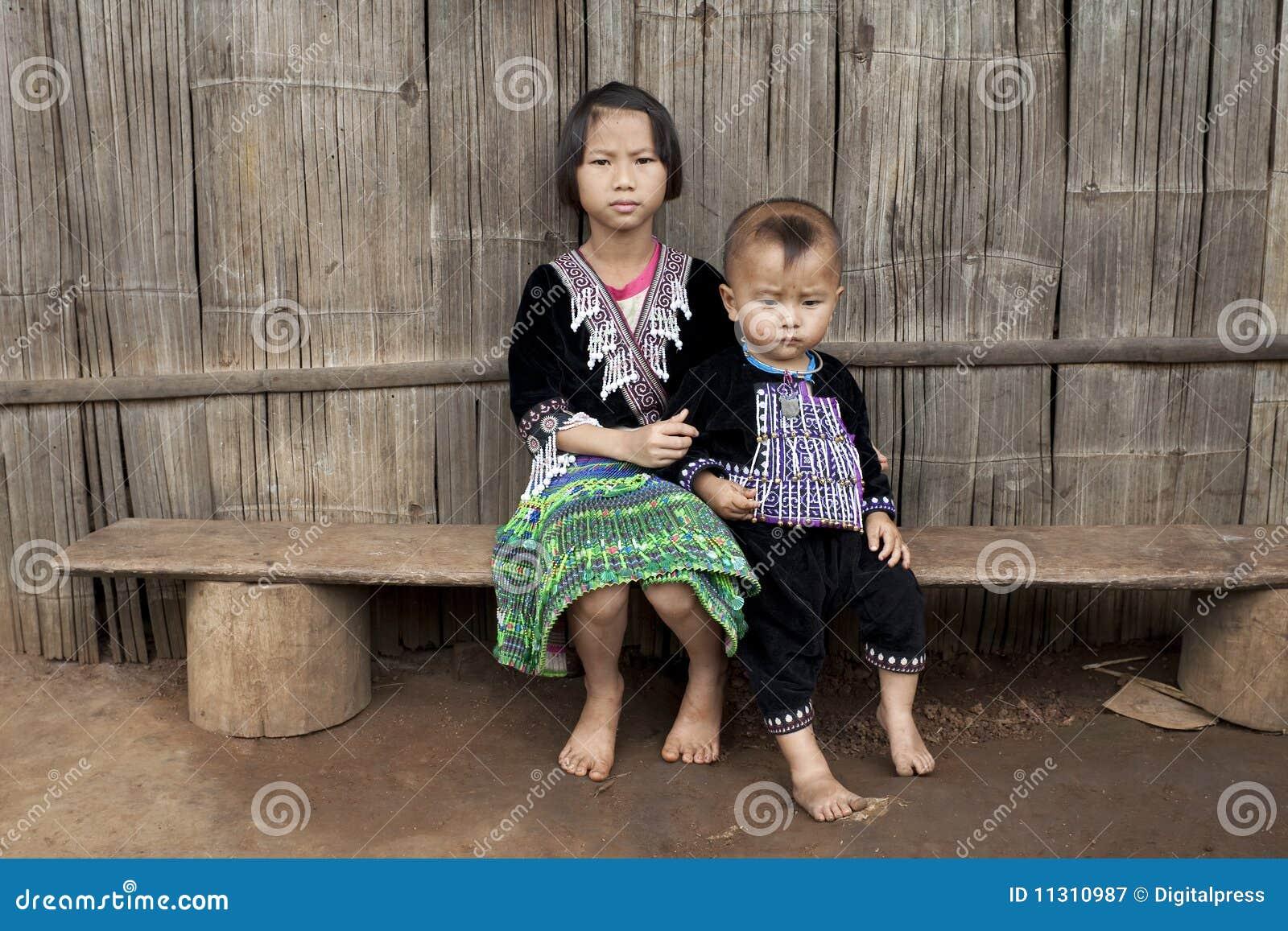 Kinder von Asien, ethnische Gruppe Meo, Hmong