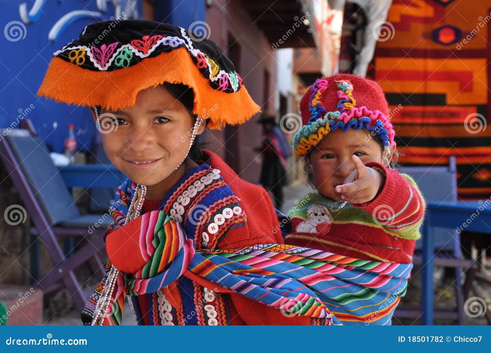 Kinder von Peru