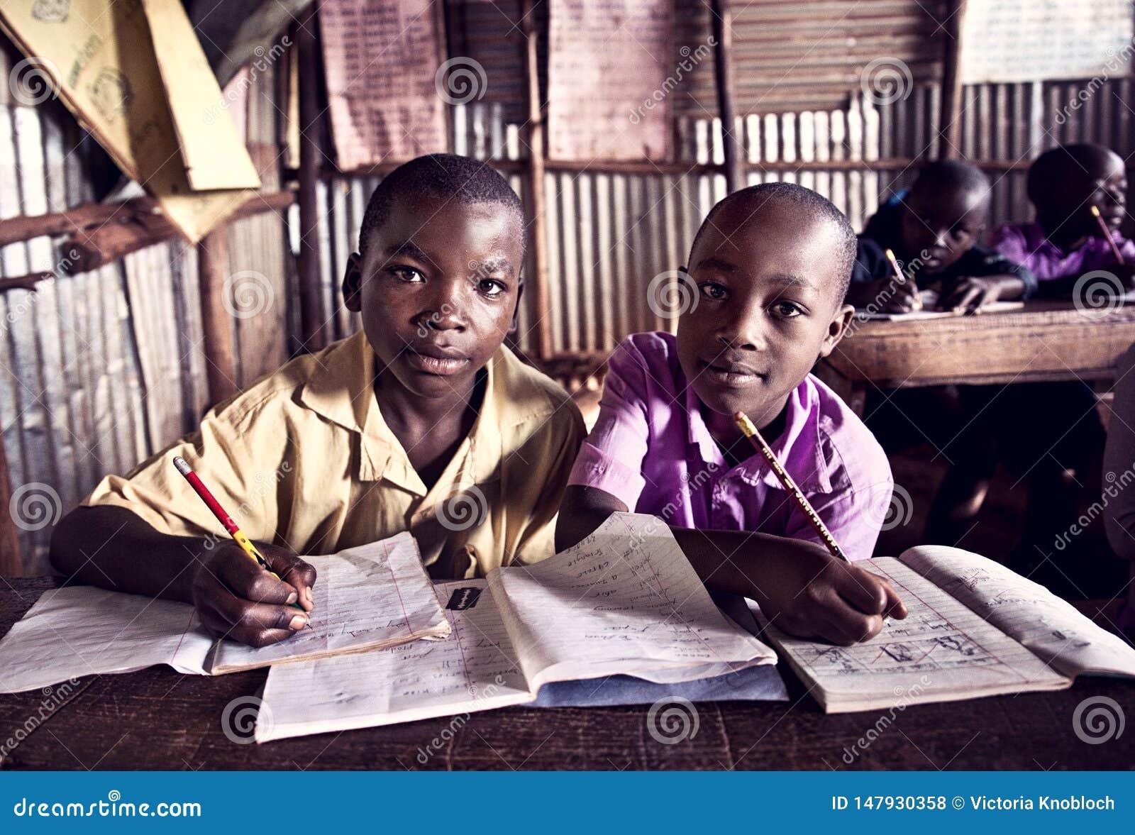 Kinderen in school in Oeganda