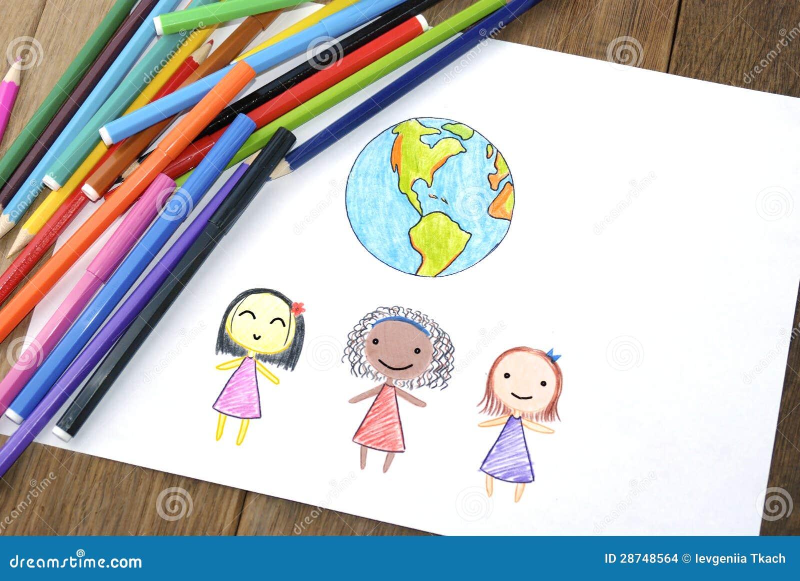 Kinderen van verschillende nationaliteiten en Aarde