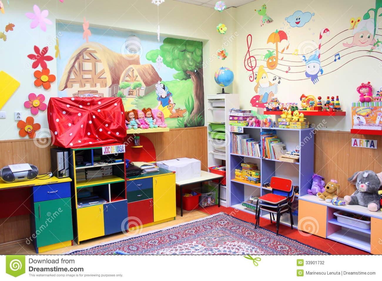 Preschool classroom & Preschool classroom editorial photography. Image of kids - 33901732
