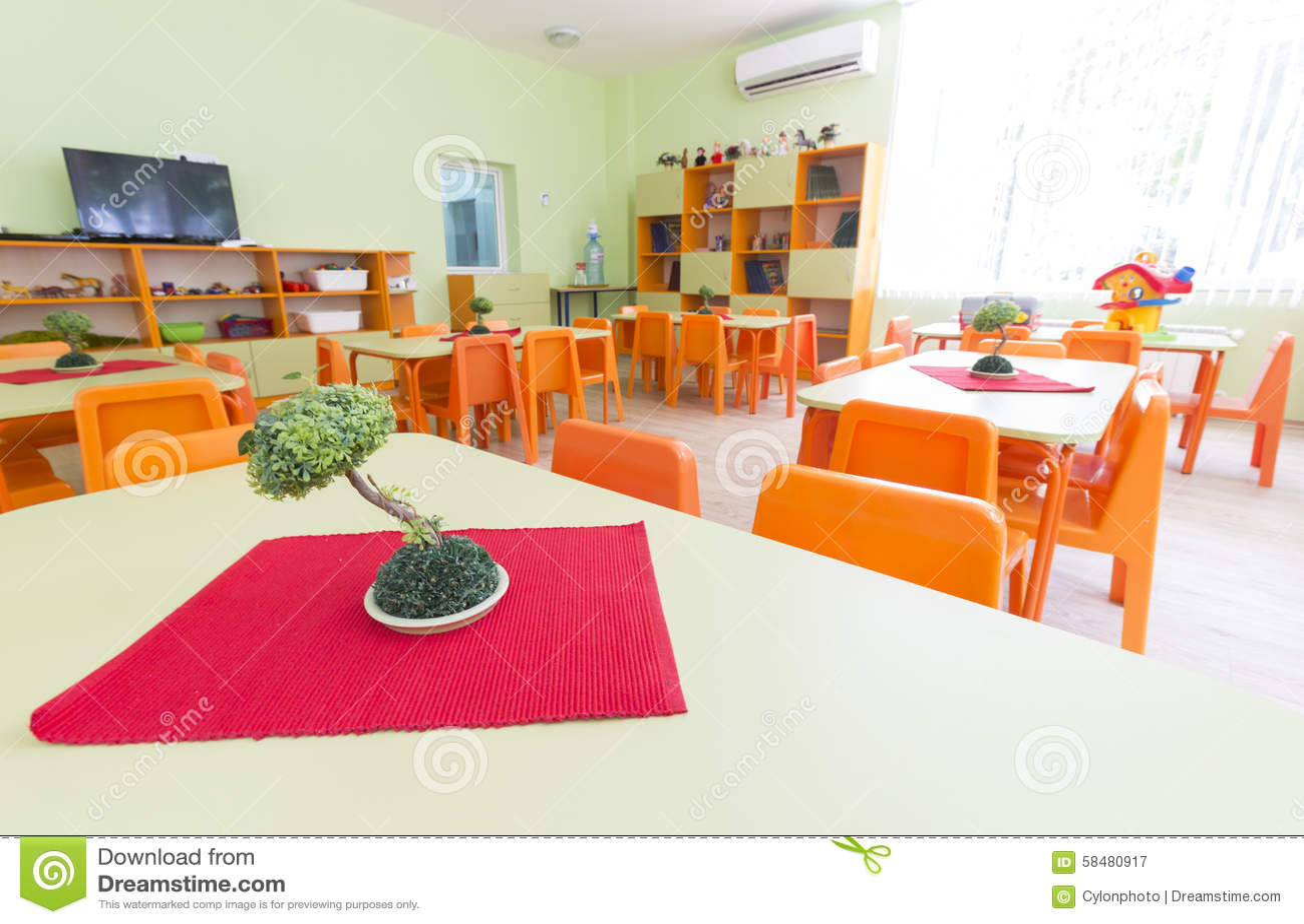 Kindergarten classroom table - Chairs Classroom Kids Kindergarten Small Tables