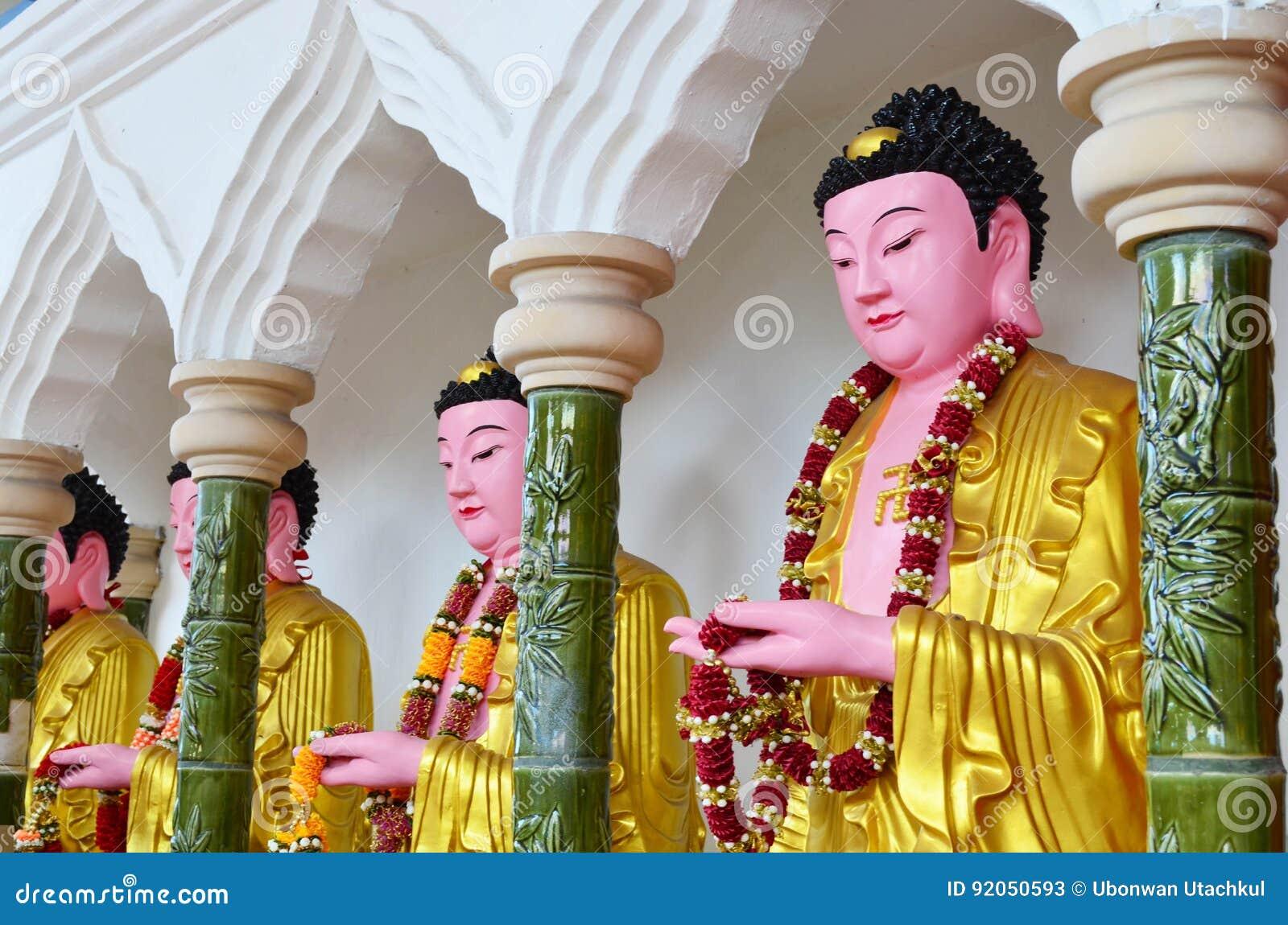 Kinesbuddha bild på den Kek Lok Si templet, Penang, Malaysia