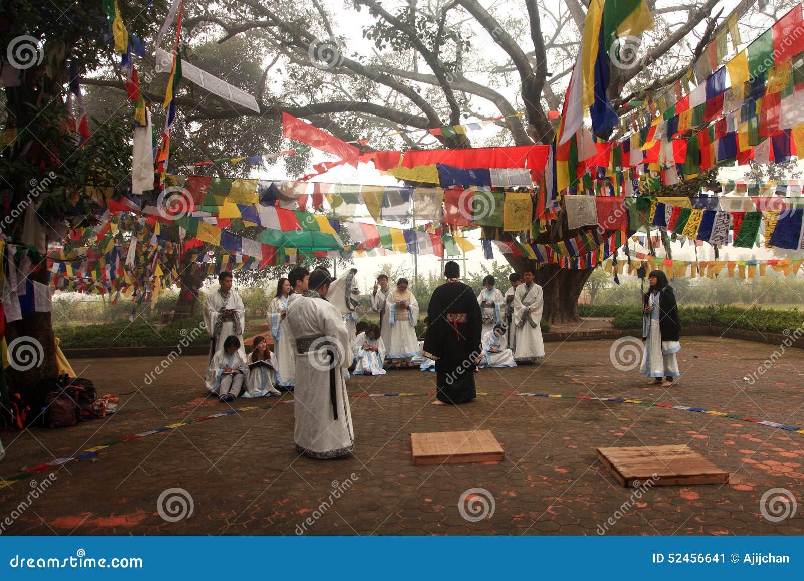 Kinesiska buddistböner på den Mayadevi templet