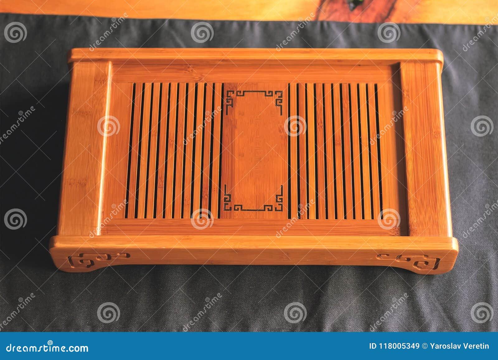Kinesiskt bambumagasin eller tabell för teceremoni