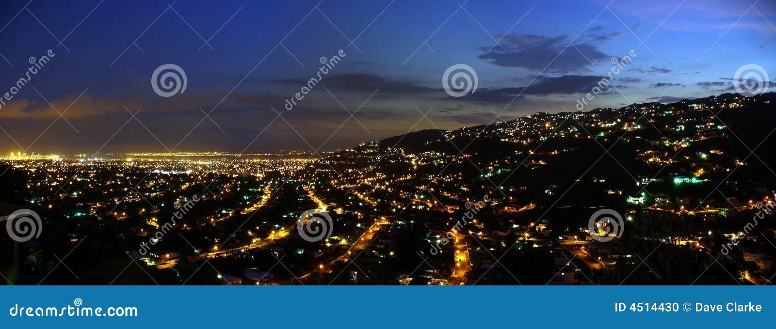 Kingston alla notte