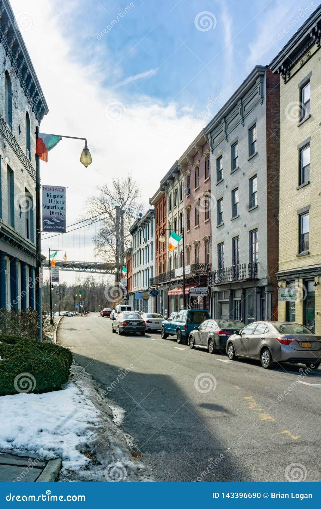 Kington, NY/Etats-Unis - mars 3, 2019 portraits tirés de W Rue de brin pendant l hiver