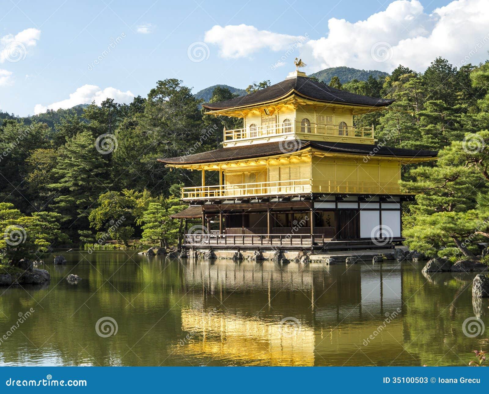Kinkakuji guld- paviljong