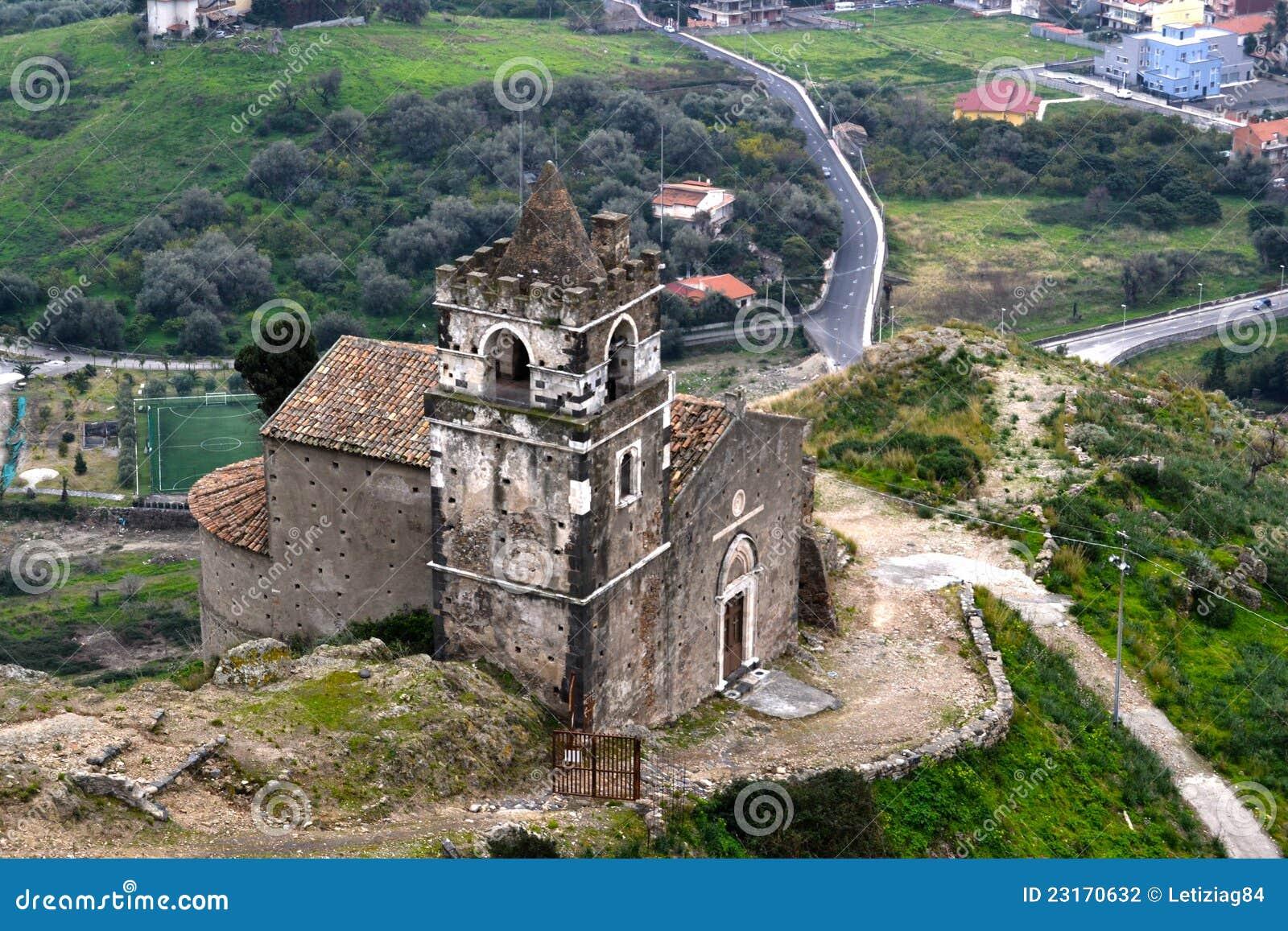 Kirche von Calatabiano, Sizilien