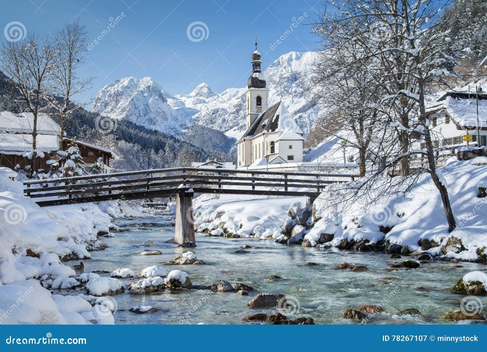 kirche von ramsau im winter berchtesgadener land bayern. Black Bedroom Furniture Sets. Home Design Ideas