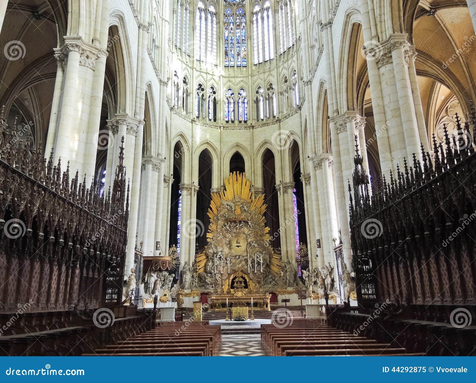 kirchenschiff von amiens kathedrale frankreich redaktionelles bild bild von unser basilica. Black Bedroom Furniture Sets. Home Design Ideas