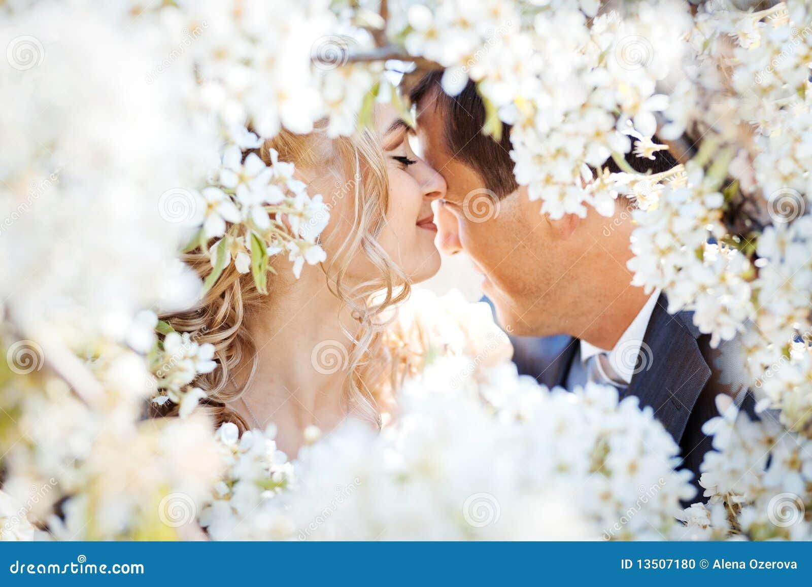 Фото как целуются крупным планом 1 фотография