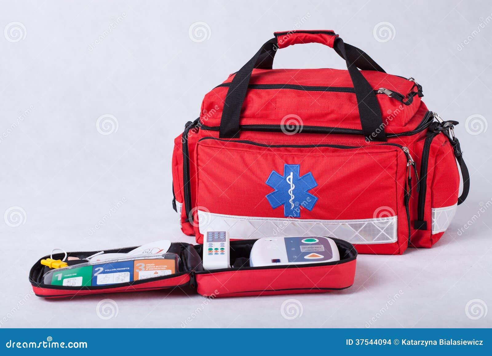 kit de premiers secours photo stock image du bande. Black Bedroom Furniture Sets. Home Design Ideas
