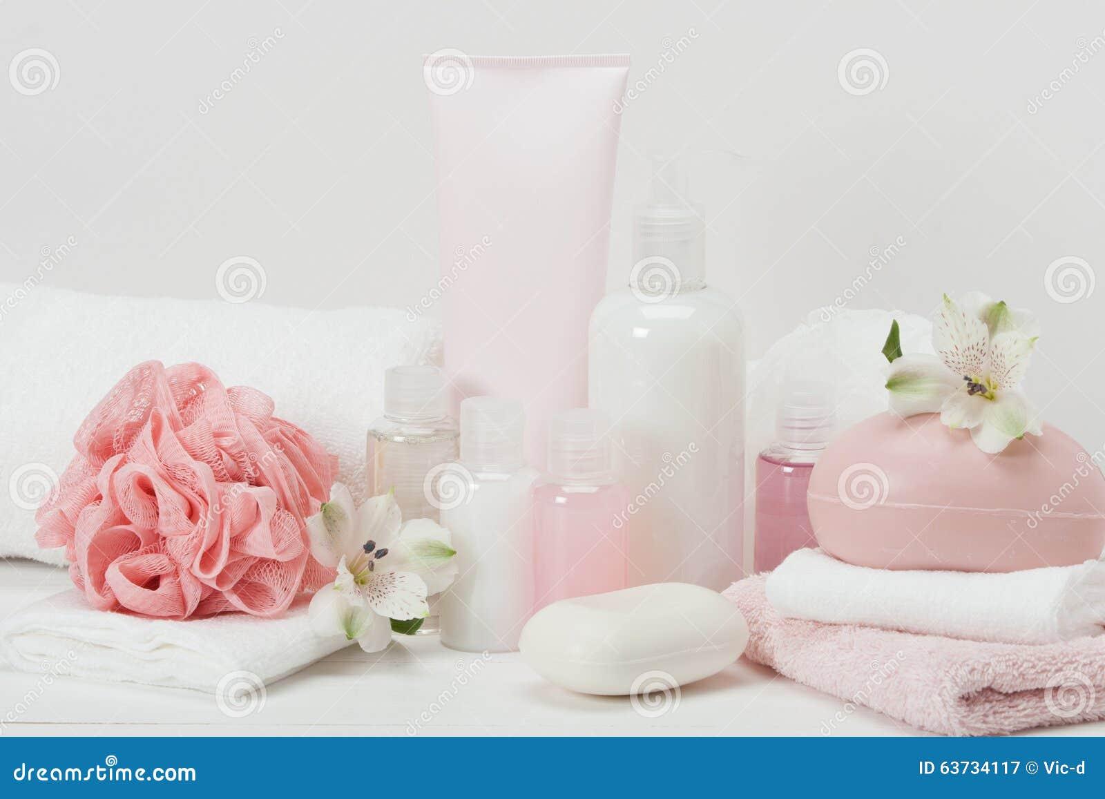 Kit de station thermale Shampooing, barre de savon et liquide toiletries
