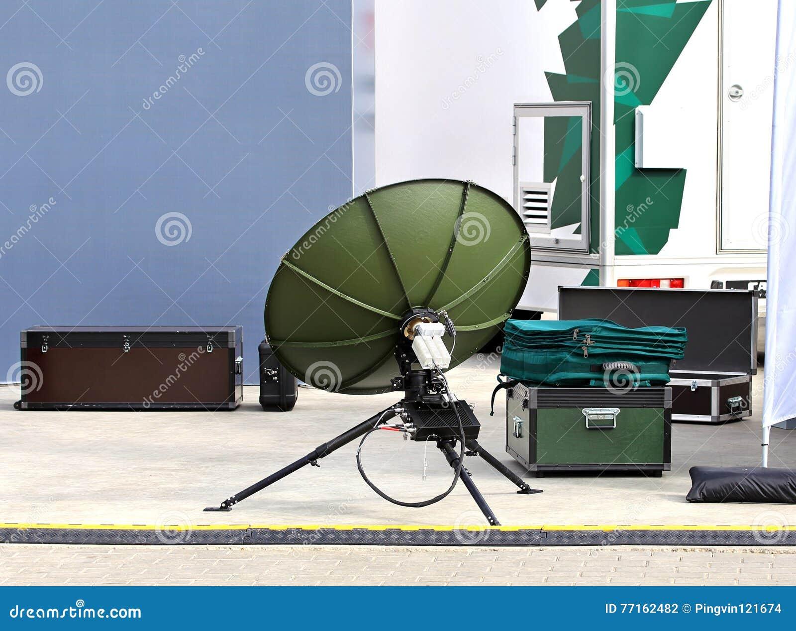 Kit portatif des communications militaires de champ