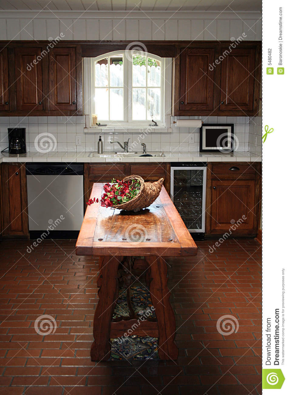 Kitchen stock photography image 5480482 for Kitchens with islands in the middle