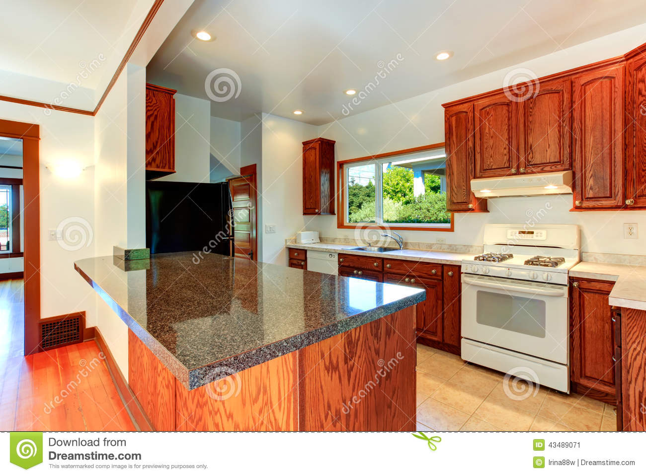 Kitchen Cabinets With Granite Tops And White Appliances