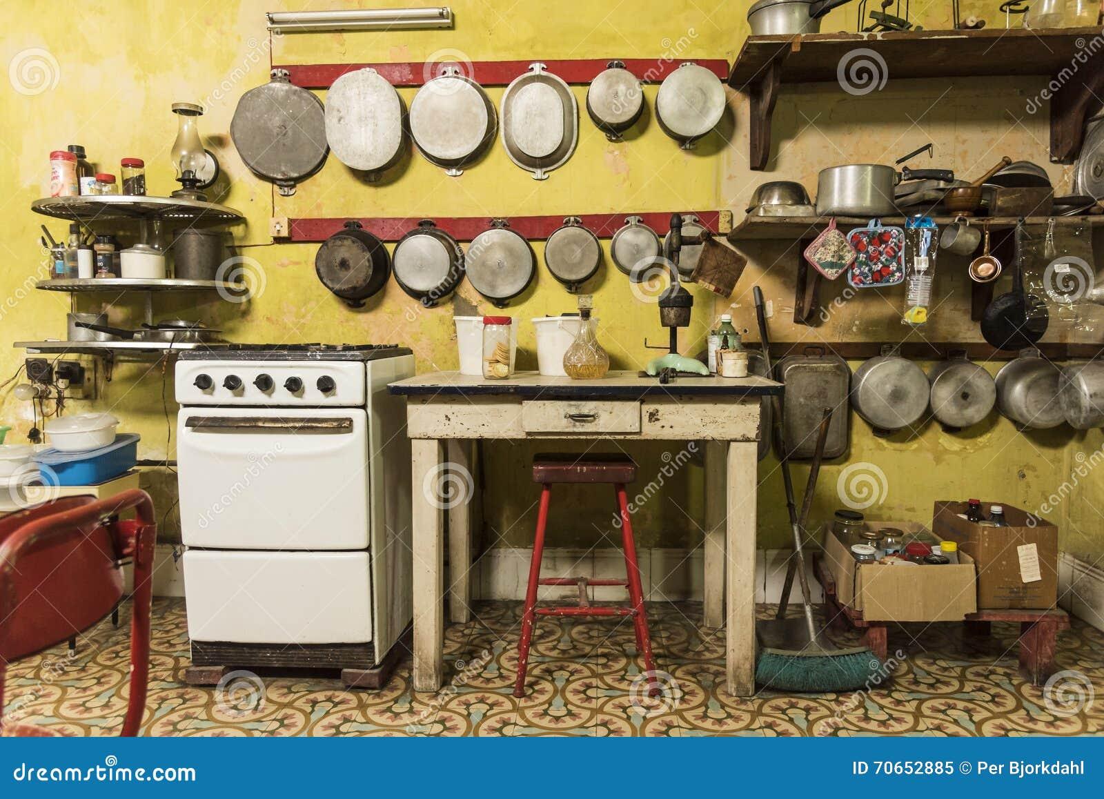 Kitchen In Casa Alonso Havana Editorial Image - Image: 70652885