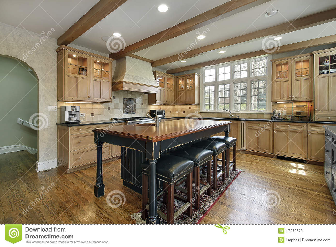 Kitchen With Center Island Royalty Free Stock Photos Image 17279528