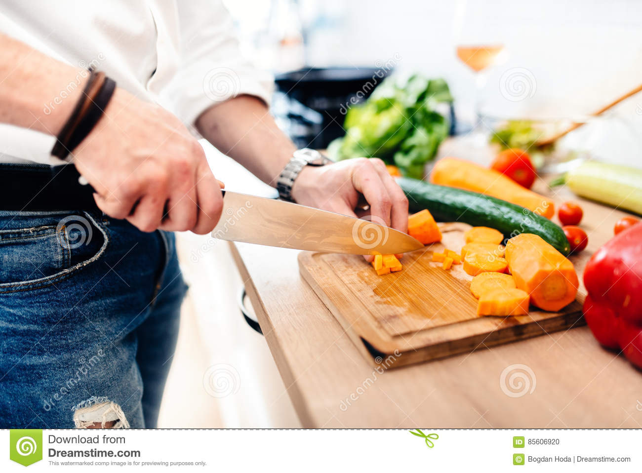 Best Kitchen Knife For Cutting Vegetables