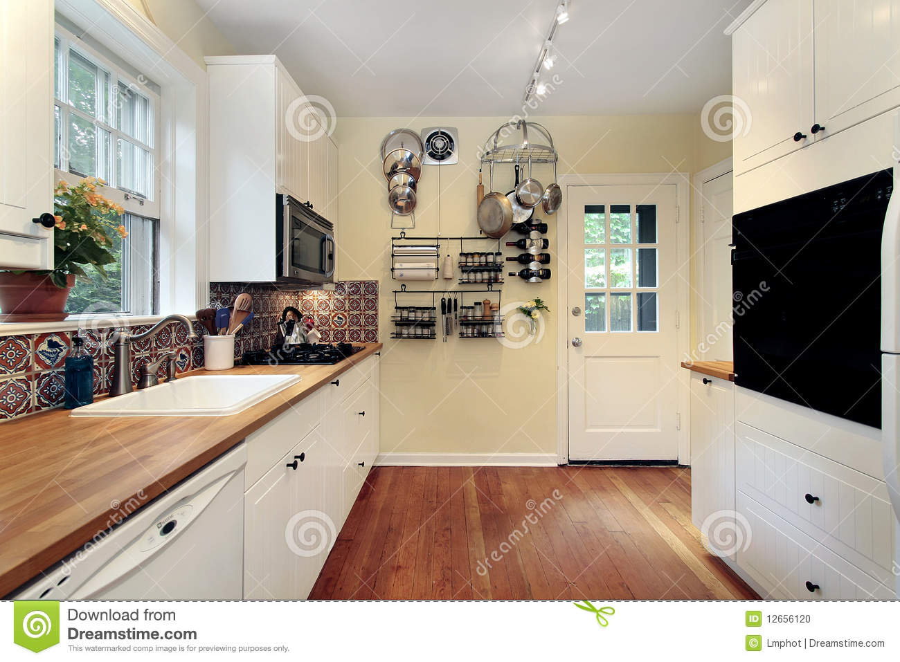 Kitchen Cabinet Download