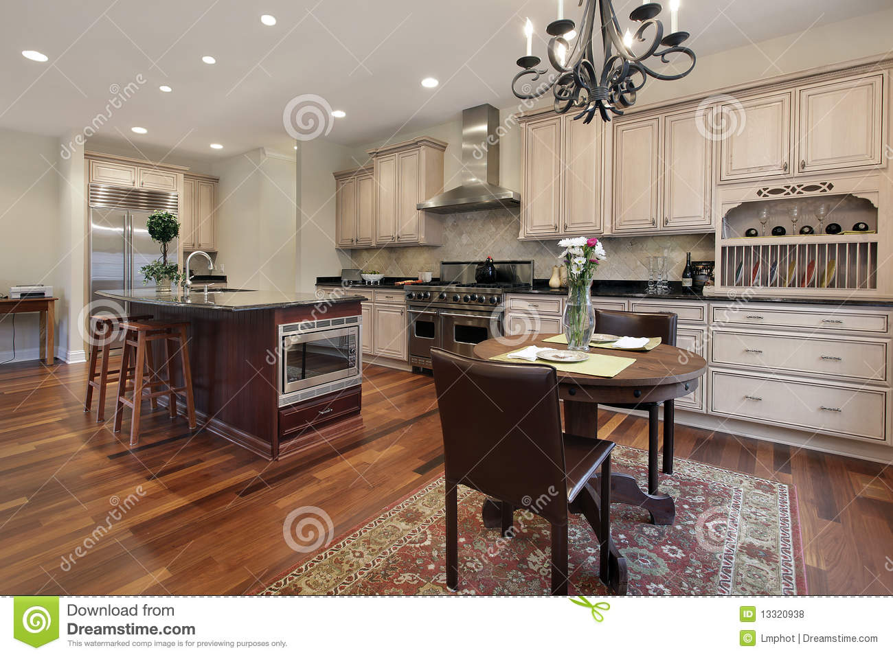 Kitchen With Eating Area Royalty Free Stock Photos Image