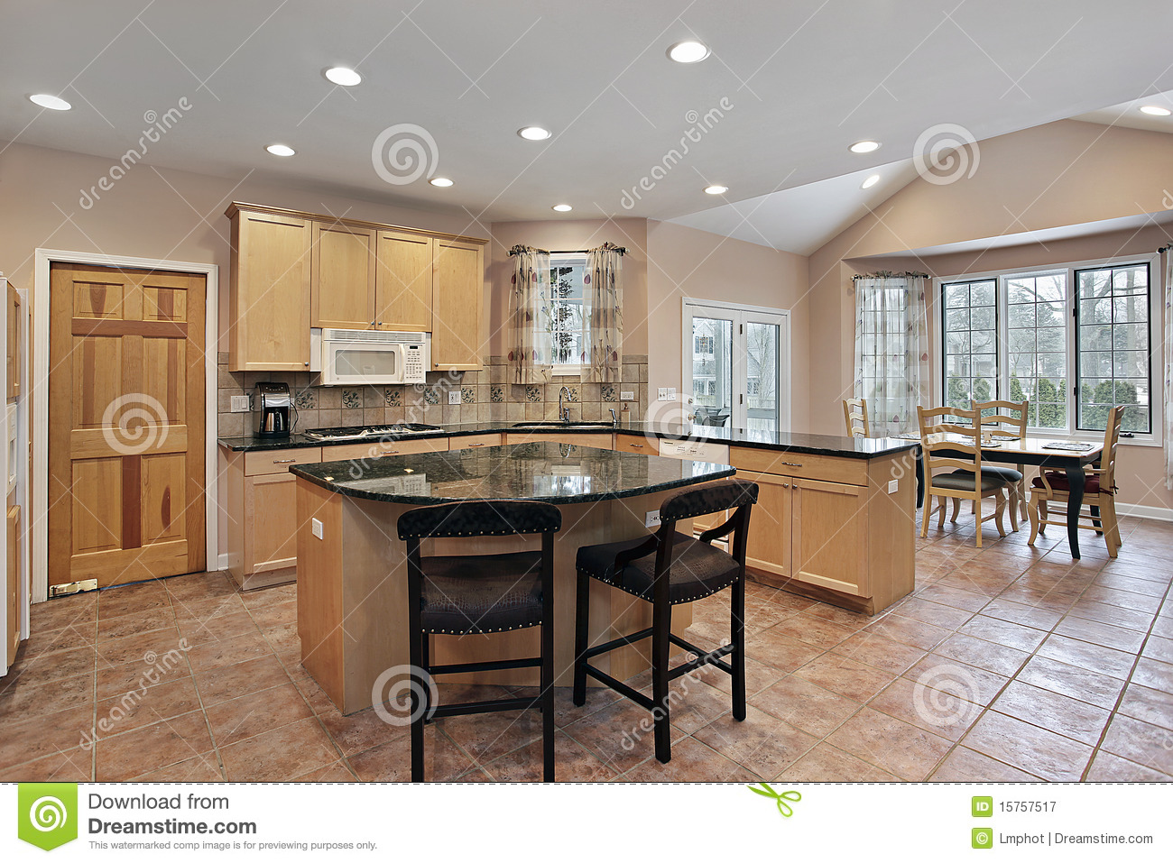 Kitchen With Eating Area And Island Royalty Free Stock