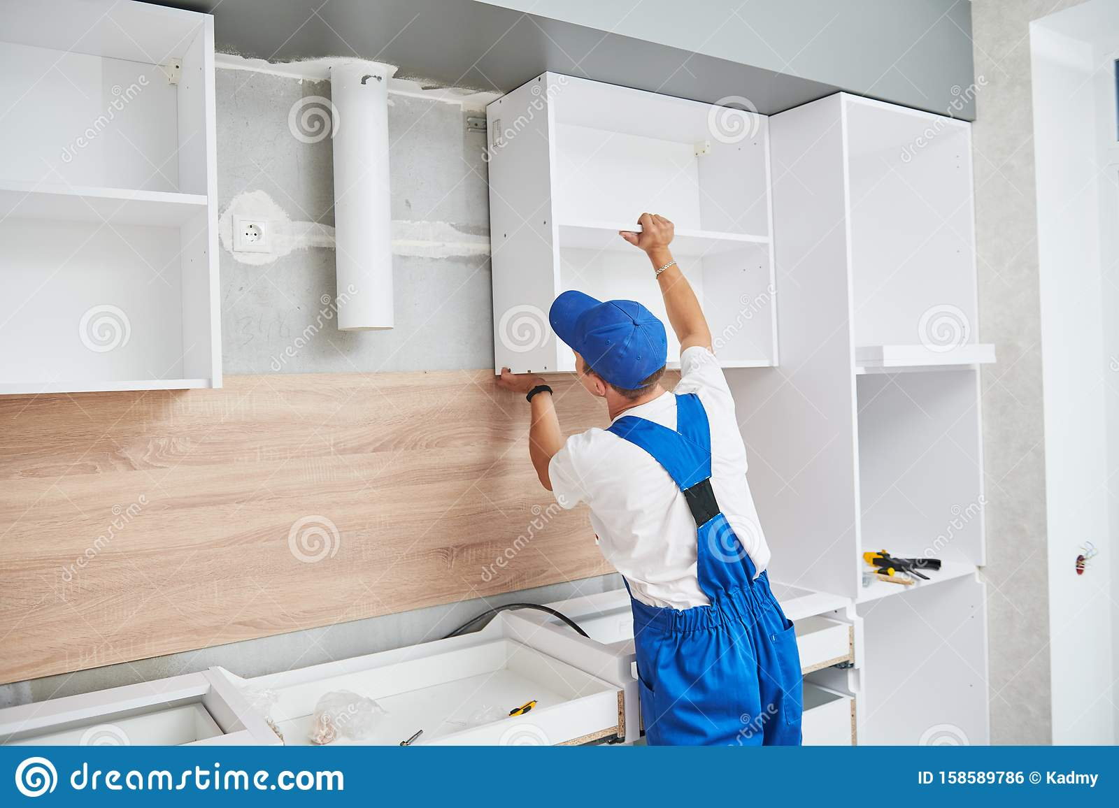 37 305 Kitchen Worker Photos Free Royalty Free Stock Photos From Dreamstime
