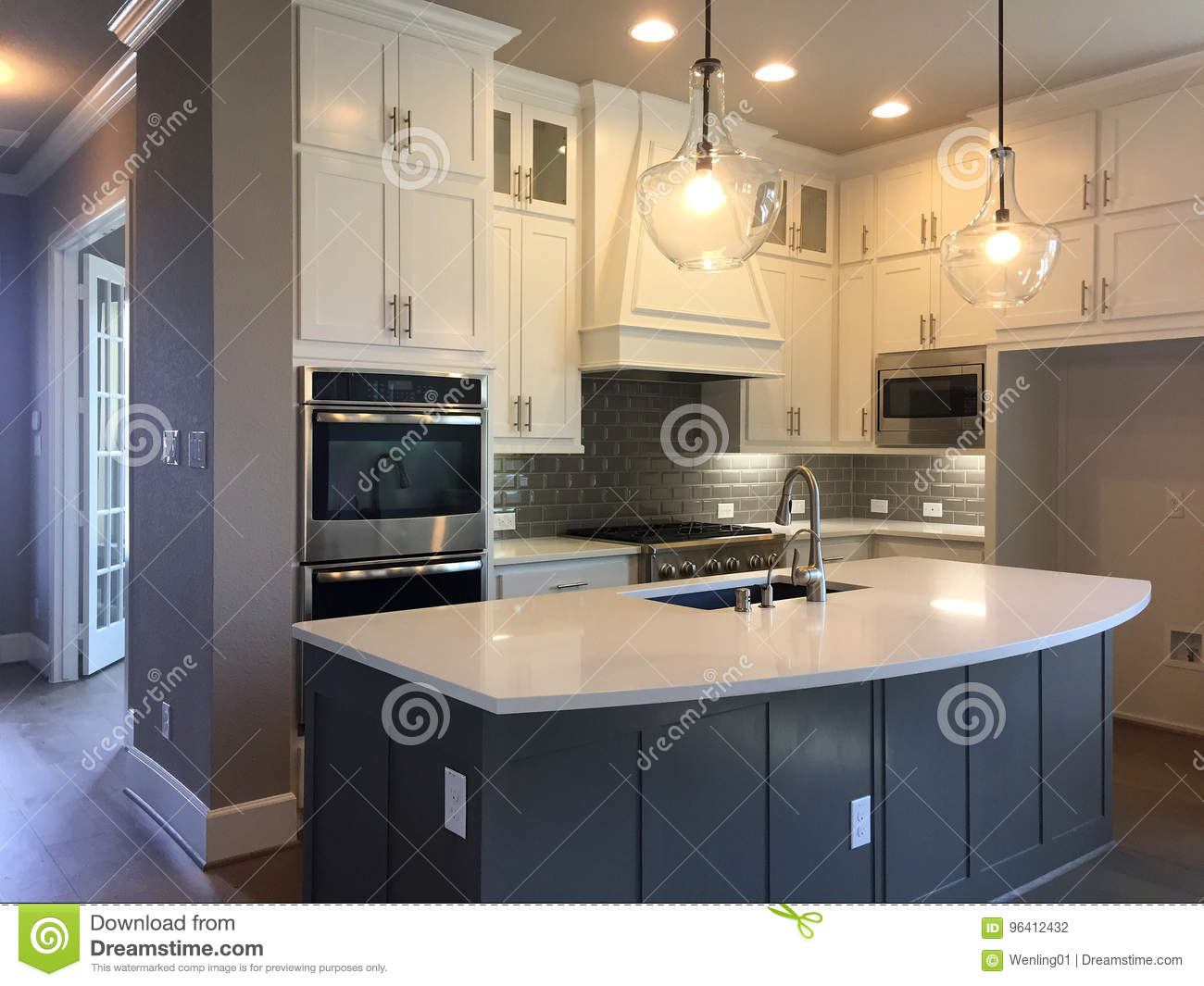 Kitchen With Island Counter Design In A New House Stock Photo