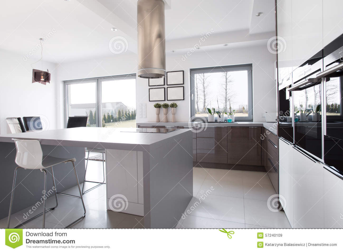 Kitchen island in the middle stock photo image 57240109 for Kitchens with islands in the middle