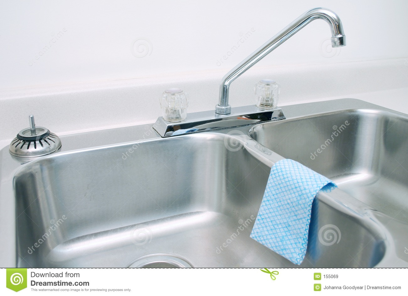 Kitchen sink 2 stock image. Image of interior, clean, water - 155069