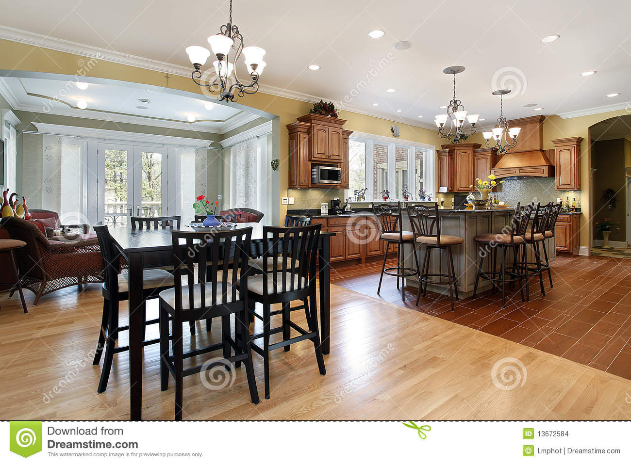 Kitchen With Sitting Room Stock Images Image 13672584