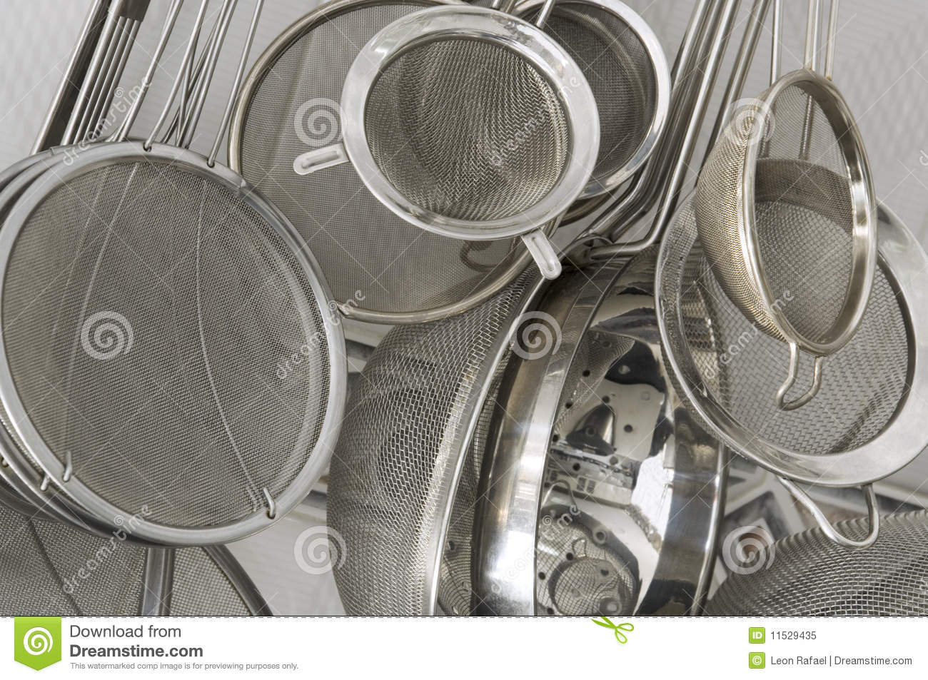 Composition Of 4 Kitchen Utensils : Kitchen Strainers Close Up Royalty Free Stock Photo - Image: 11529435