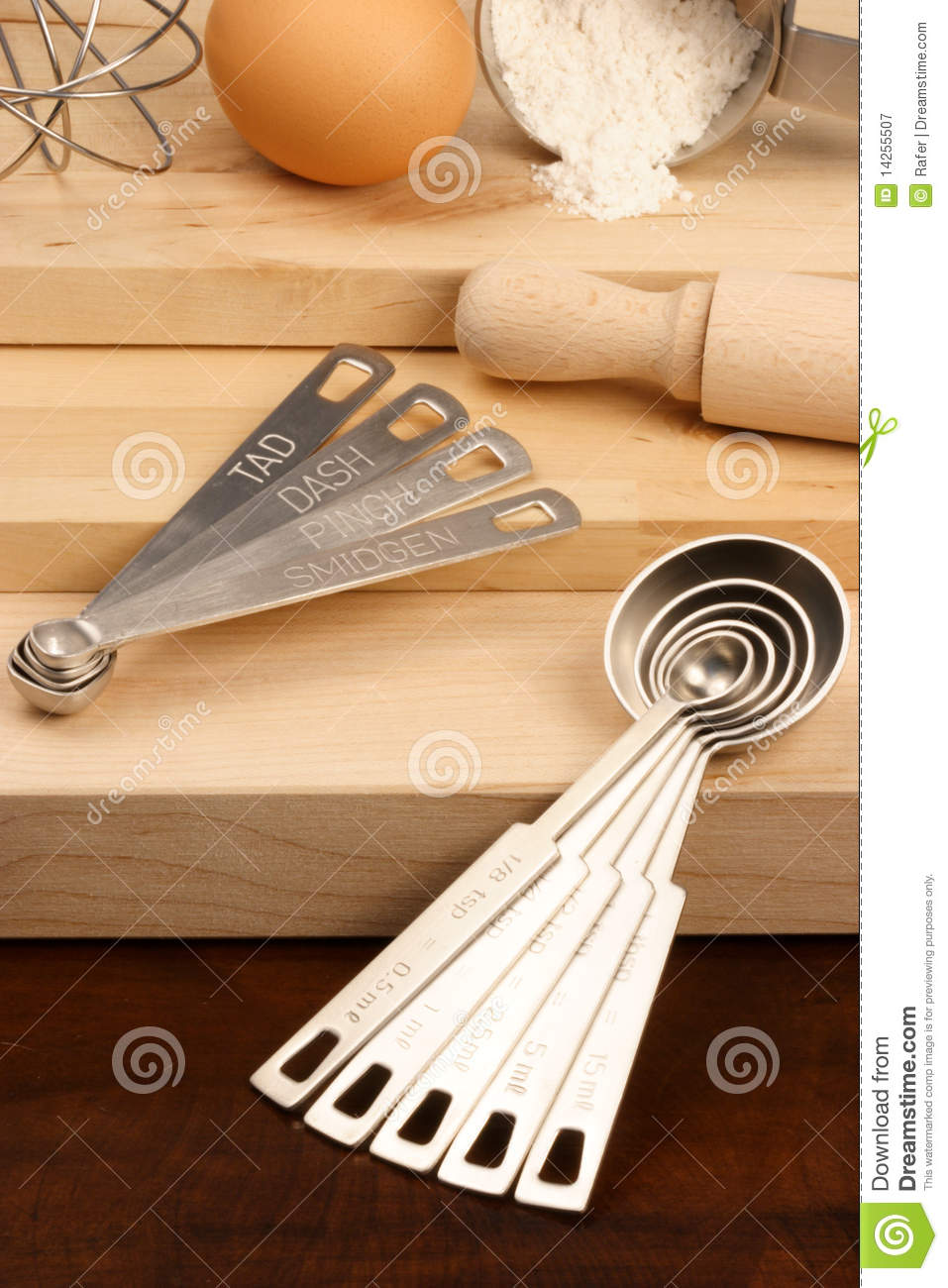 Kitchen Utensils Over Wood Royalty Free Stock Photography