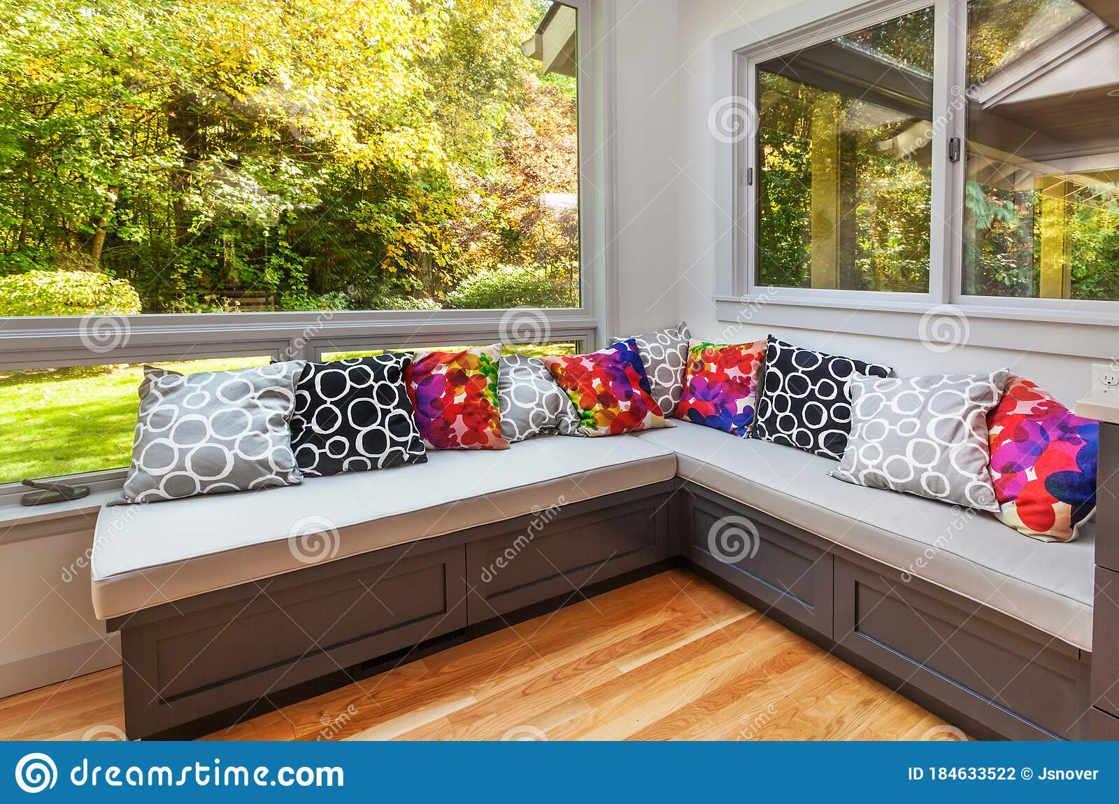 Picture of: Kitchen Window Seat With Cushions Stock Photo Image Of View Hardwood 184633522
