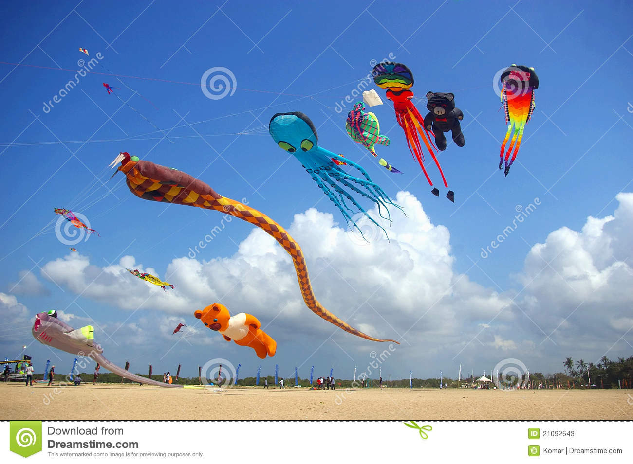 Kites Flying On The Beach Stock Photos - Image: 21092643