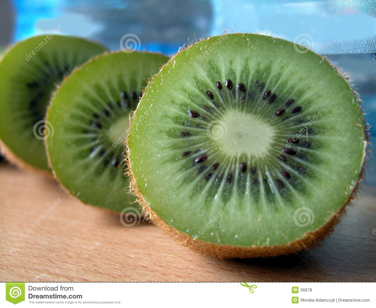 Download Kiwi photo stock. Image du doux, nourritures, exotique, kiwi - 56678