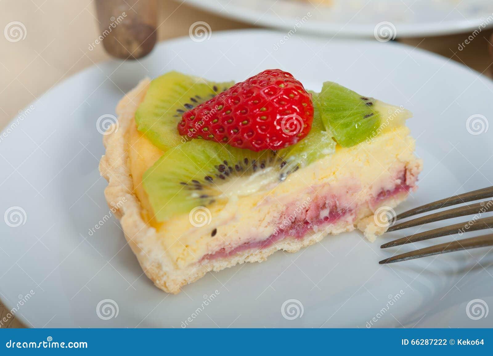 Kiwi And Strawberry Pie Tart Stock Photo - Image: 66287222