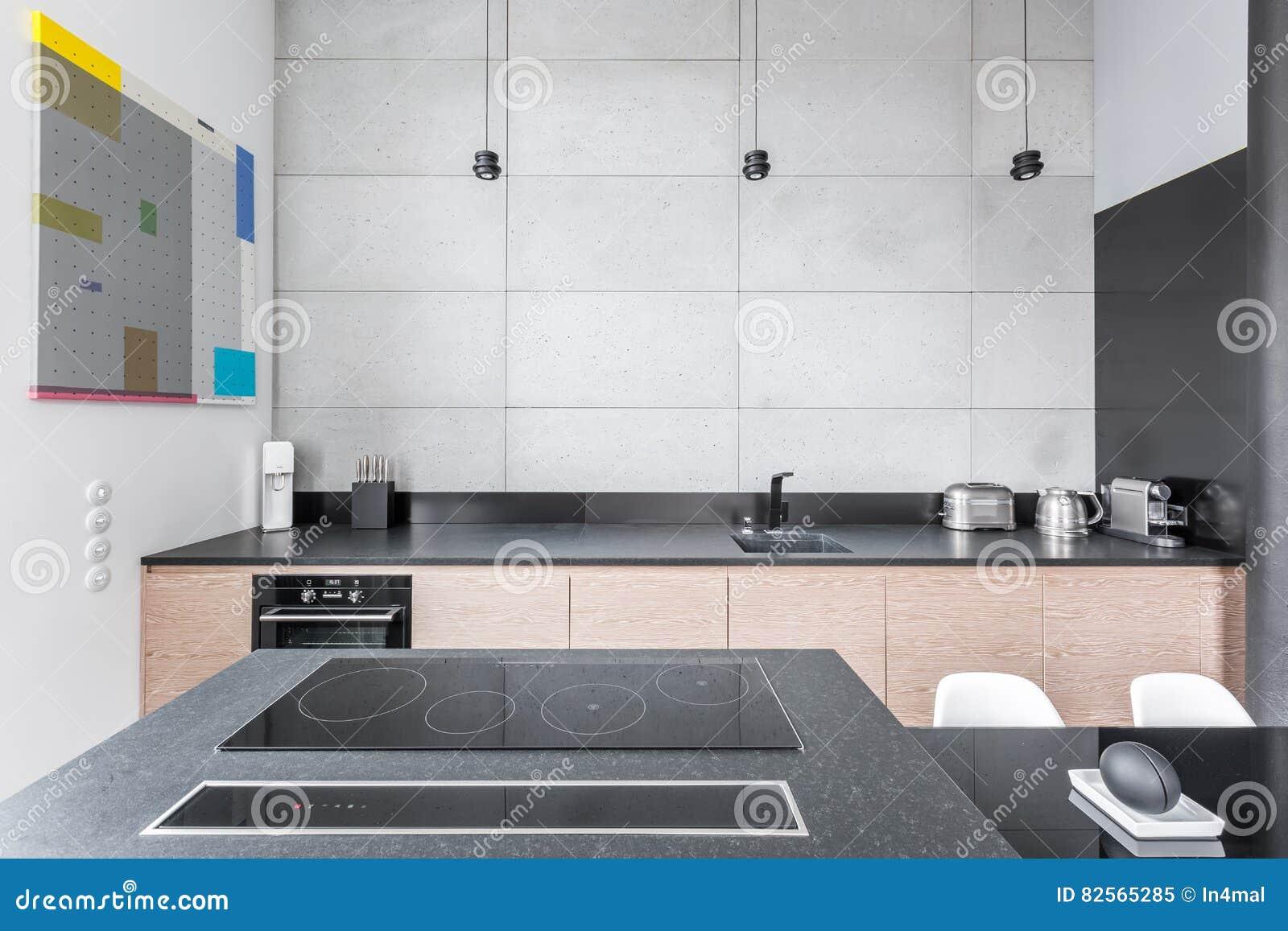 Kök med granitworktop arkivfoto   bild: 82565285