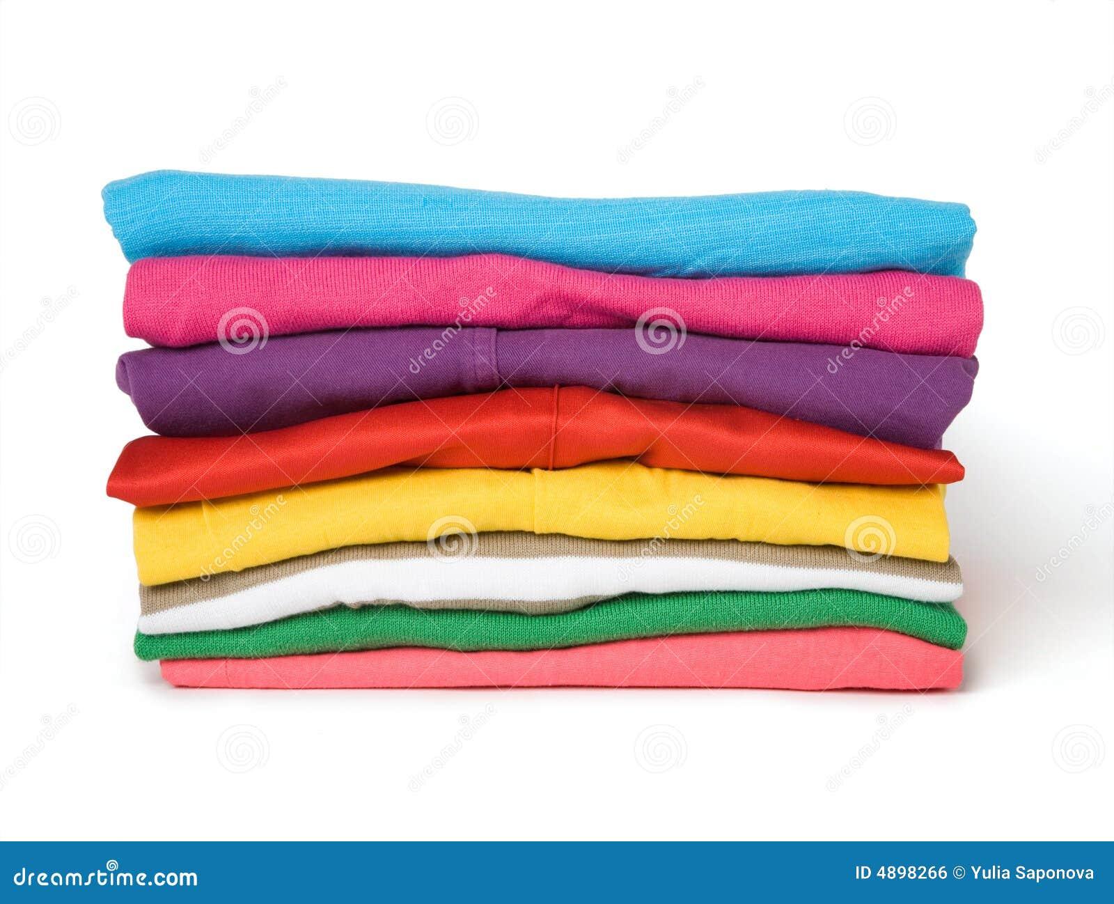 Kläder färgade den mång- stapeln