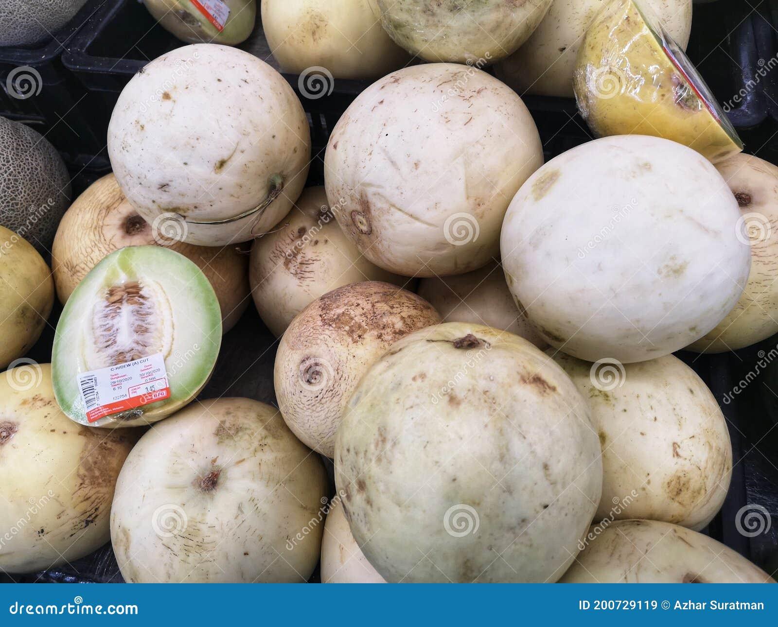 Klang Malaysia 26 De Noviembre De 2020 Exhibidas Para Vender Frutas Frescas De Rocío De Miel En El Supermercado Con Enfoque Sele Imagen De Archivo Editorial Imagen De Supermercado Miel 200729119