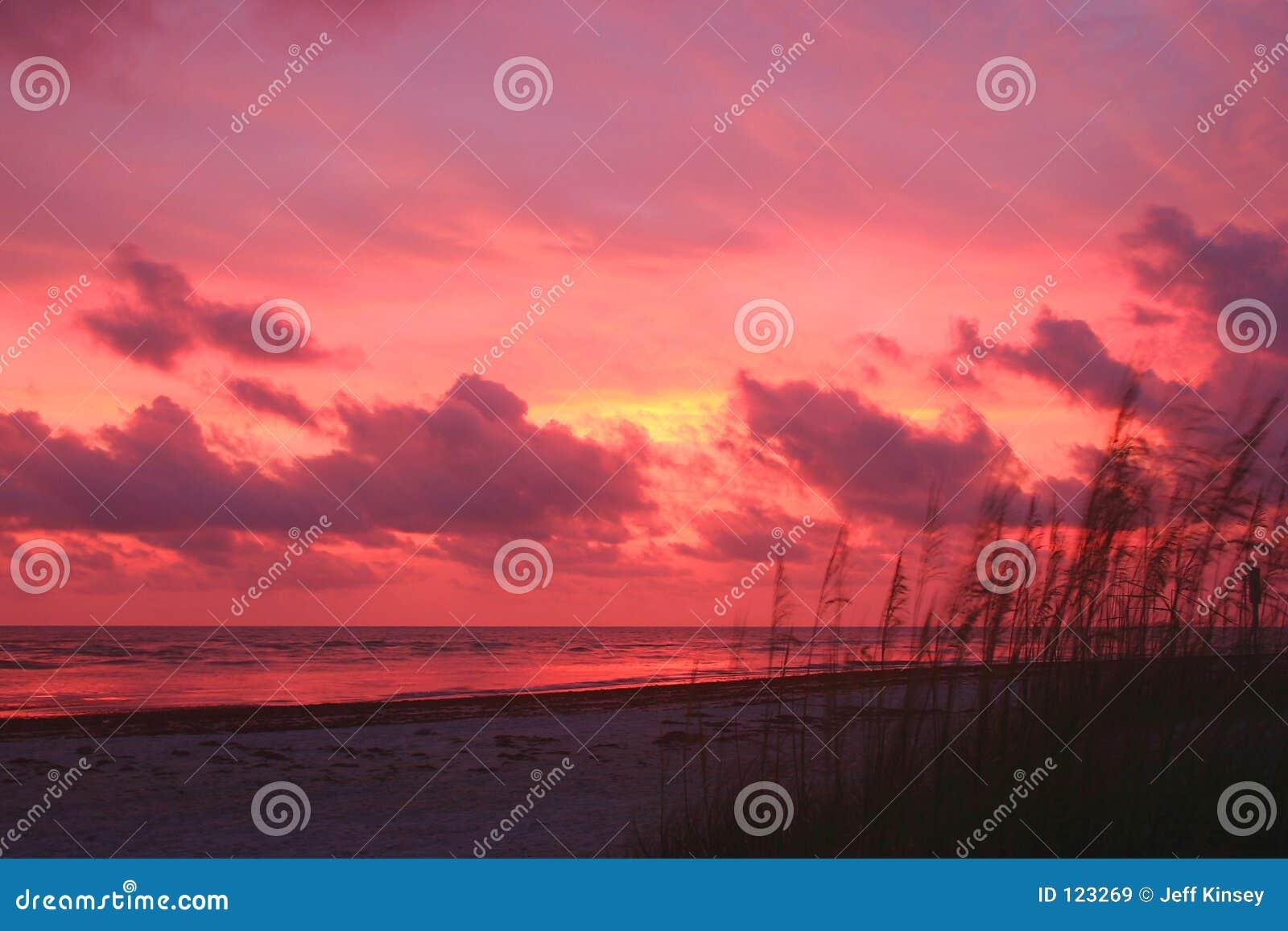 Klarer Sonnenuntergang